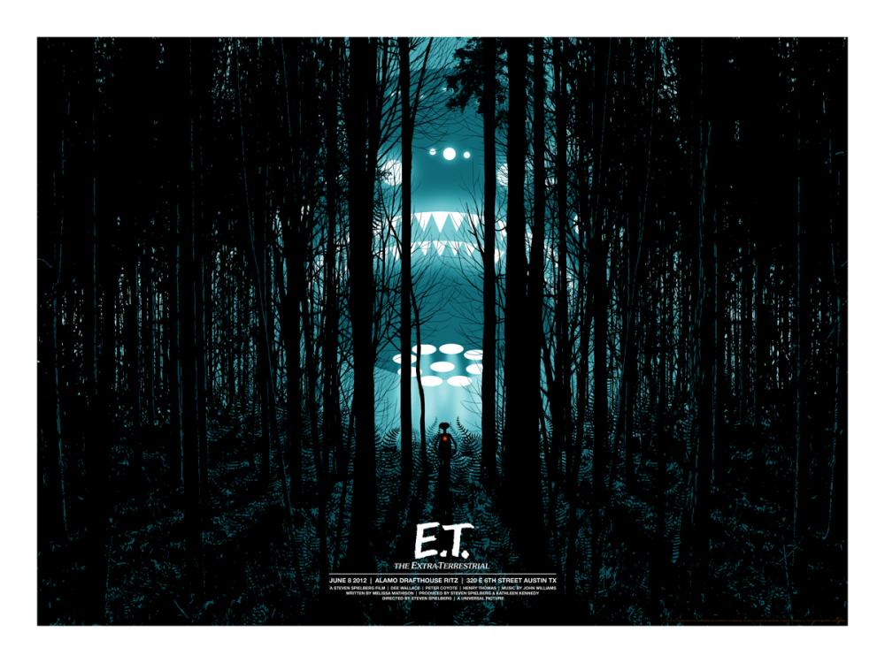 et-movie-poster-mondo-dan-mccarthy-blue.jpg