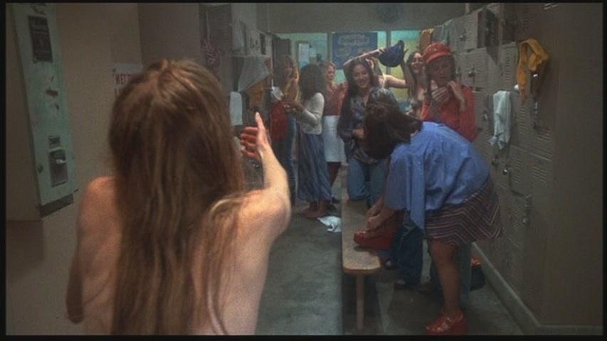 Carrie-1976-Screenshot-3.jpg