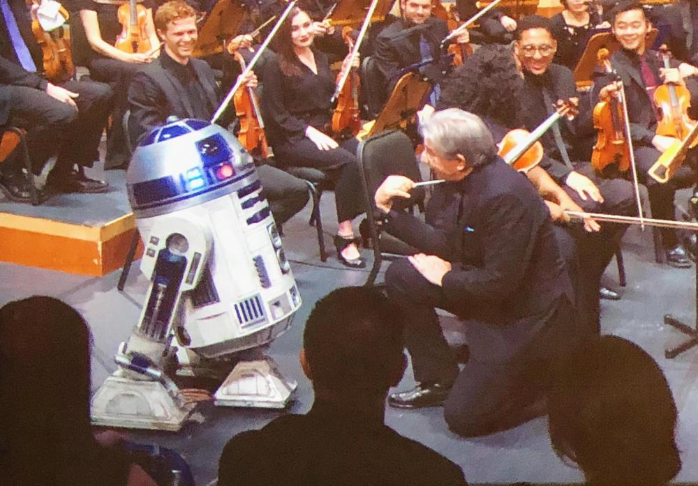 R2 - Happy Birthday.jpg