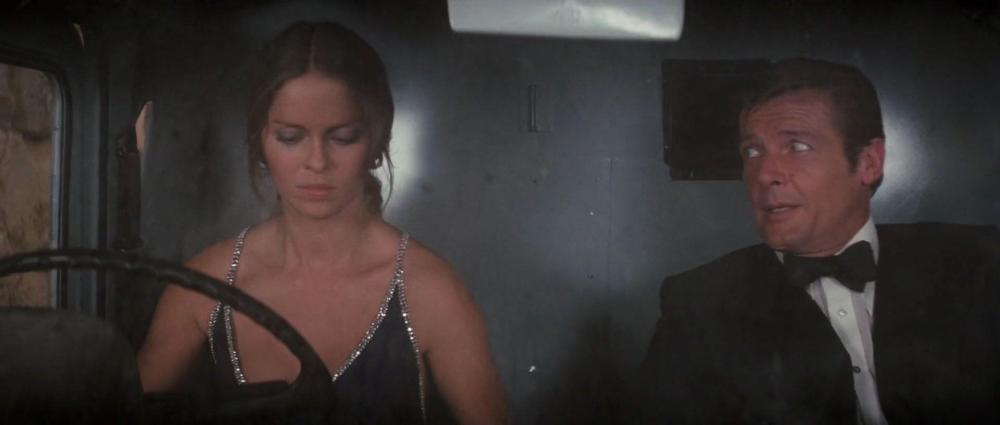 bond-spyloved-movie-screencaps.com-5362.jpg