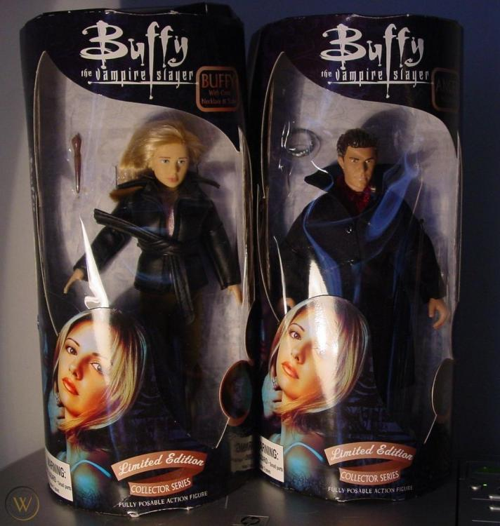 btvs-buffy-vampire-slayer-angel-dolls_1_b6b8a4f4e5ed7e94df0760e79267cc61.jpg