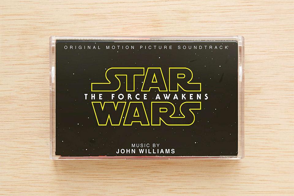 the_force_awakens_cassette_tape_1.jpg